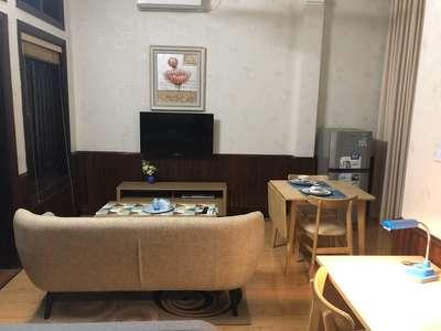 Cho thuê căn hộ khép kín diện tích 40m2 có ban công thoáng mát, nội thất đầy đủ,...