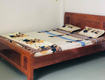Thanh lý giường gỗ xoan 1.6 m x 2m tại Q. Phú Nhận 1.6tr