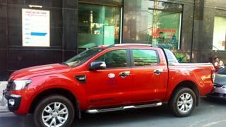 Cho thuê xe ô tô bán tải pickup Ford Ranger 2015   Triton 2017