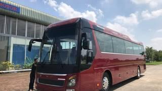 Xe Hyundai UNIVERSE 47 chỗ máy Hino nhập khẩu linh kiện 100