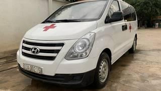 Cần bán ô tô cứu thương 2017 máy dầu