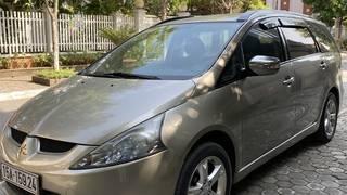 Bán xe grandis 2009 giá mềm