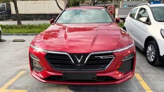 Bán xe Vinfast Lux A 2.0 2020 đỏ base