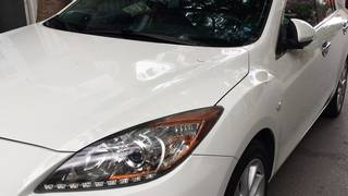 Gia đình cần bán xe Mazda 3S màu sơn trắng