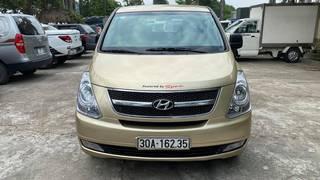 Bán xe 9 chỗ Hyundai Starex đời 2010,đăng ký lần đầu 2011