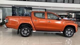 Mitsubishi triton giá tốt, k/m lớn trong tháng