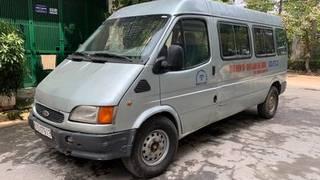 Ford transit 2002 số sàn 6 chỗ chở 800kg máy dầu