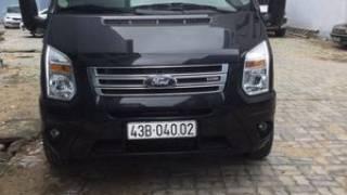 Ford transit màu đen