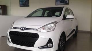 Hyundai grand i10 2019 số sàn