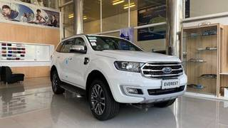 Ford everest new , xe sẵn giao ngay chỉ từ 300tr