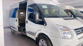 Ford transit 2017limo mới 100 bank hỗ trợ 70