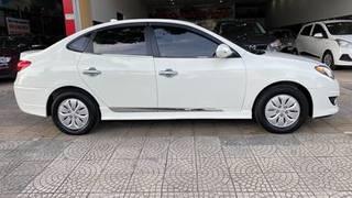 Hyundai avante 2016 số sàn