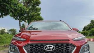 Bán xe hyundai kona 1.6 turbo màu đỏ 2018