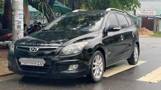 Bán xe hyundai i30 mua mới từ đầu. xe nhập hàn