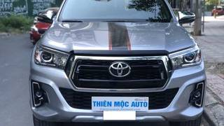 Xe toyota hilux 4x4 at 2018