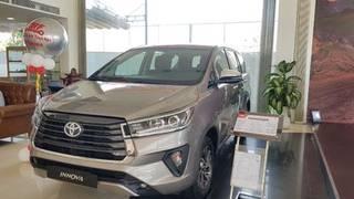 Toyota innova g giảm giá khủng  ưu đãi thuế t.bạ