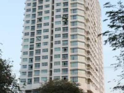 Cần cho thuê gấp căn hộ Tản Đà Quận 5, Dt : 101 m2, 3PN, Giá 13 trth, 0