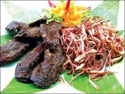 Mực khô Quảng Ninh loại đặc biệt, Trâu gác bếp đặc sản của Sơn La, Cá chỉ vàng, Chả mực Quảng Ninh 3