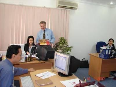 Văn phòng cho thuê DT ừ 15-50m2 trọn gói đầy đủ đồ tại phố Thọ Tháp- Trần Thái Tông 3