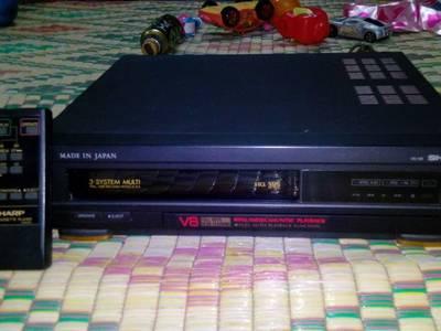 Bán đầu băng và băng VHS Nhật, điện 220v, đa hệ có đ.khiển 18