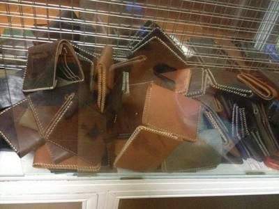 Xưởng may đồ da  làm da thủ công  tại Hà Nội nhận gia công các sản phẩm về da thật hoặc giả da 10