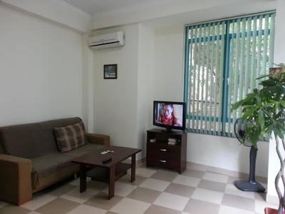 Cho thuê căn hộ đủ đồ phố Văn Cao - Liễu Giai đủ đồ DT 70m2 1PK 1PN 8