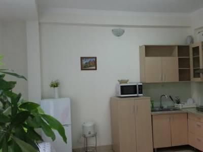 Cho thuê căn hộ đủ đồ phố Văn Cao - Liễu Giai đủ đồ DT 70m2 1PK 1PN 9
