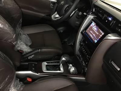 Bán xe Fortuner G, Fortuner V 2019 Nhập khẩu, Fortuner lắp ráp giá rẻ, Đủ màu giao ngay 8