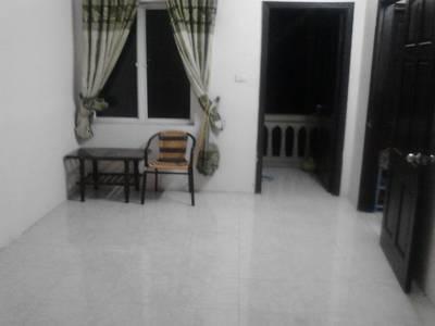 Cho thuê 2 phòng tại phố Láng Hạ 2