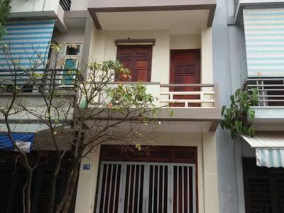 Cho thuê nhà mặt phố 139 Cao Bá Quát Hải Dương riêng tầng 1 giá 5 triệu, thuê 3 tầng 8.5 triệu 0