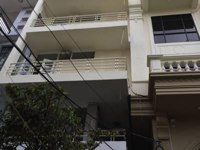 Cho thuê nhà 6 tầng 8 phòng ngủ 2