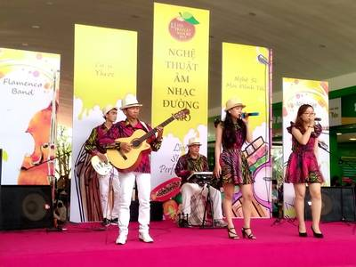 Cho Thuê Ban Nhạc Chuyên Nghiệp Uy Tín Nhất Sài gòn- Flamenco Tumbadora Band 18