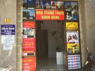 Cho thuê nguyên tầng 2, 65m2 mặt tiền Nguyễ Đức Cảnh, Nha Trang, cách biển 700m 1