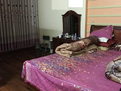 Cho thuê nhà khu việt trang gần dabaco 5 phòng full nt gỗ mun. 8