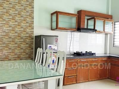 Nhà cho thuê 4 phòng ngủ gần Furama - B442 3