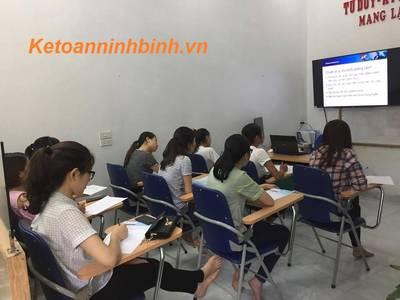 Học kế toán tốt   Uy tín nhất tại Ninh Bình . Lớp học kế toán thực hành thực tế tại Ninh Bình 3