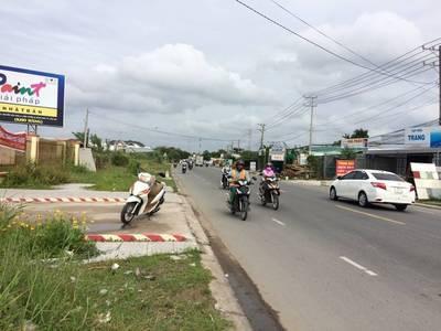 Cho thuê đất ngang 9m mặt tiền Nguyễn Văn Linh, quận Bình Thủy 18 triệu  Miễn trung gian 0