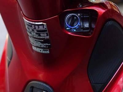 Xe ga đẳng cấp nhất miếng đất chữ S Việt Nam. SH 2018 màu đỏ mận tuyền công tử 4
