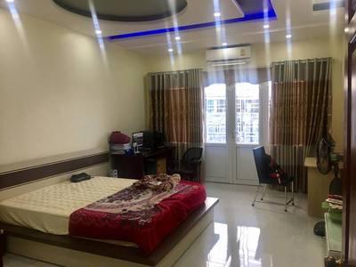 Bán Nhà ngõ 193 Văn Cao mới xây đẹp 4,5 tầng full nội thất 4 phòng ngủ khép kín 7