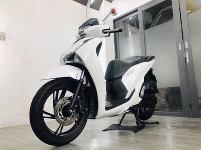 SH màu trắng 2018, xe lướt 99,99 chưa 1 vệt xước nhỏ nhất đáng mua, 4