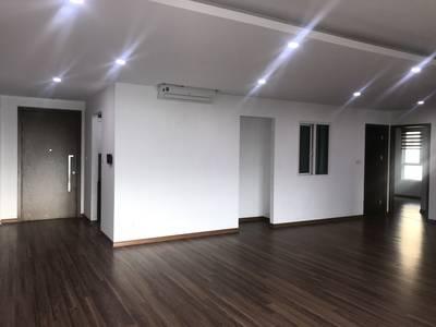 Cho thuê căn hộ 3PN view hồ Trung Văn tòa S4- Seasons Avenue. 3