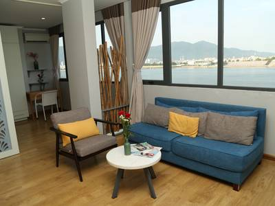 Khách sạn Rolex 3 sao trung tâm bên bờ sông Hàn Đà Nẵng 3