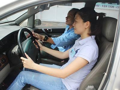 Học lái xe ô tô hạng B1, B2, C ở đâu uy tín tại Hà Nội 0