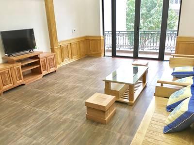 Cho thuê nhà đẹp mới xấy 8tr/ tháng 3,5 tầng ngõ 193 Văn Cao đầy đủ tiện nghi khách chỉ việc đến ở 2