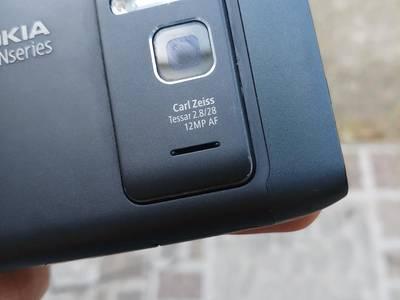 Điện thoại nokia N8 nguyên bản 4