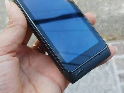Điện thoại nokia N8 nguyên bản 5
