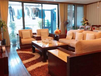 CC cần bán 2 CHCC Golden Land, Thanh Xuân và VinHomes SkyLake 4