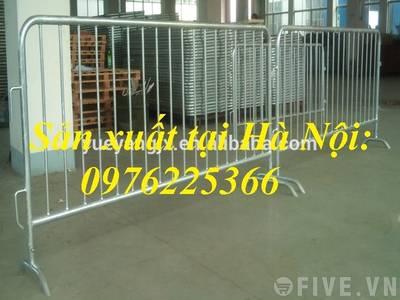 Hàng rào barie .hàng rào phân cách ,hàng rào bảo vệ đám đông sản xuất tại hà nội 2