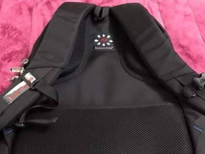 Balo đeo máy tính chống shock hãng business king 1