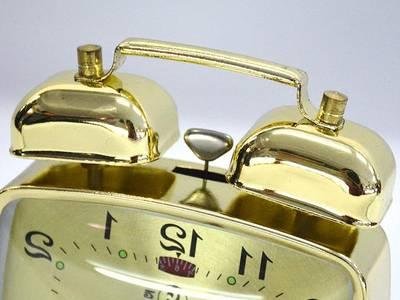 Đồng hồ kiểu cũ đồng hồ báo thức cơ 3